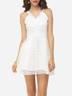 Product Name: Hollow Out Plain Striped Nifty V Neck Skater-dress       Weight: 336(g)   Collar: V
