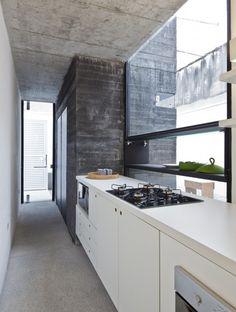 Ateliê Luis Anhaia / Zemel + ARQUITETOS (window)