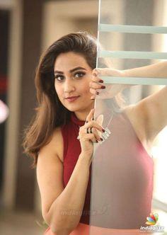 Also see Bollywood & Hollywood actress News,Manjushaphotos & Gossip News at Filmymunda. South Indian Actress Hot, Indian Bollywood Actress, South Actress, Bhojpuri Actress, Actress Photos, India Beauty, Asian Beauty, Hollywood Actresses, Indian Actresses