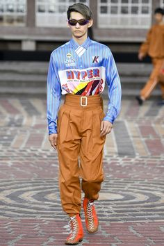View the complete Spring 2018 menswear collection from Kenzo.