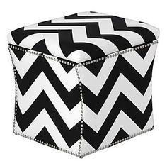 ottoman  #pattern  #black & white  #summer house...zoë loves black and white stuffs!  yeah!