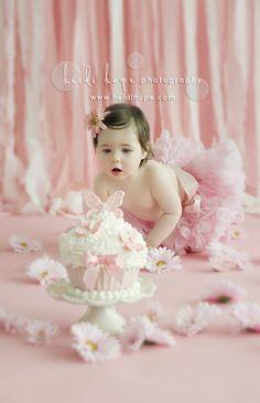 smash cake - I feel just like this precious girl every time I see cake too:)