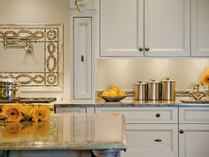 Gorgeous kitchen. Tile from Crossville.