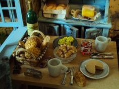 Live RoomBox: Breakfast In the South of France