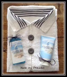 Leuk cadeau :dames blouse van handdoek met douchegel en bodylotion