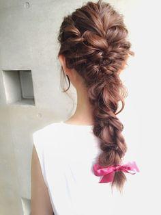 手軽で可愛い!簡単なのに凝って見えるヘアアレンジ 【HAIR】