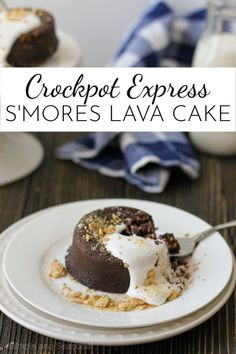 With a creamy, molten chocolate core, Crockpot Express S'mores Lava Cake is a decadent dessert that's surprisingly easy to make! Crock Pot Desserts, Slow Cooker Desserts, Easy Desserts, Delicious Cake Recipes, Best Dessert Recipes, Yummy Cakes, Sweets Recipes, Pie Recipes, Smores Cake