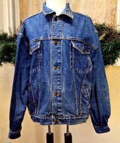 Vintage Pepe Mens L Denim Trucker Jacket Blue Pockets Brass Buttons Medium Wash #PepeJeans #BasicTruckerJacket