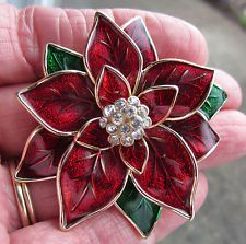 VINTAGE STYLE JONES NEW YORK VICTORIAN CHRISTMAS POINSETTIA FLOWER BROOCH PIN