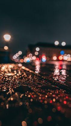 Rainy Wallpaper Iphone, 2160x3840 Wallpaper, Night Sky Wallpaper, Tumblr Wallpaper, Wallpaper Backgrounds, Aesthetic Backgrounds, Aesthetic Wallpapers, Sky Anime, Rain Wallpapers