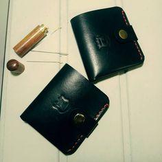 21 отметок «Нравится», 2 комментариев — Алексей Железников (@zheleznikoff) в Instagram: «Работа на заказ 💰 #портмоне #натуральнаякожа #кожа #ручнаяработа #handmade #leathercraft #leather…»