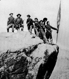 Union soldiers pose on top of Lookout Mountain, c. 1864. This would make me nuts !
