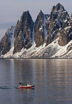 """Mountain called """"Oksen"""" (Bull) in Ersfjord on the island of Senja, Northen Norway.  Photo: Knut Sandaker"""