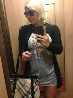 I'm still in the 90'. Wannabe Victoria Beckam. Dress Lollipop, blazer Zara.