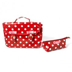 HOW CUTE ! http://www.littlefashiongallery.com/fr/mode-enfant/billieblush/cartable-trousse-rouge-blanc-red-billieblush-h13/