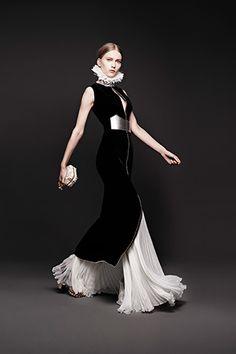 Modern Clown :: Pierrot Fashion - McQueen