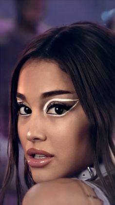 Rain on me Ariana Grande Music Videos, Ariana Grande Drawings, Ariana Grande Pictures, Ariana Grande Background, Ariana Grande Wallpaper, Lady Gaga, Bilal Hassani, Fifth Harmony, Aesthetic Girl