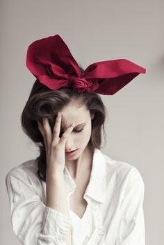 Sarah Louise Johnson Photography. imagine that big bow, with my big hair.
