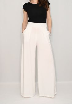 Women pants Wide leg pants Ivory pants with pockets Off white trousers White Wide Leg Pants, White Trousers, Wide Leg Denim, Wide Leg Trousers, White Pants Outfit, Red Pants, Navy Pants, Dress To Impress, Pants For Women