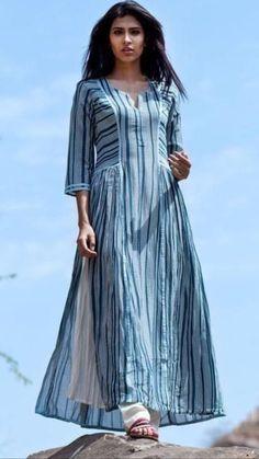 Best 12 Love For Stripes Printed Teal Kurta – Swati Vijaivargie Summer Dress Outfits, Casual Summer Dresses, Trendy Dresses, Modest Dresses, Fashion Dresses, Dress Summer, Dress Casual, Kurta Designs Women, Salwar Designs