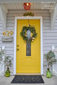 34 Ideas House Exterior Paint Yellow Red Doors For 2019 Exterior Paint Colors For House, Paint Colors For Home, Exterior Colors, Paint Colours, Siding Colors, Yellow Front Doors, Front Door Colors, Outside House Colors, The Doors