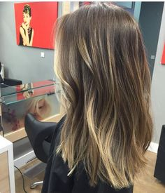 This blend is perfection hair color Brown Hair Balayage, Brown Blonde Hair, Hair Color Balayage, Brunette Hair, Hair Highlights, Dark Hair, Blonde Balayage, Honey Balayage, Medium Blonde