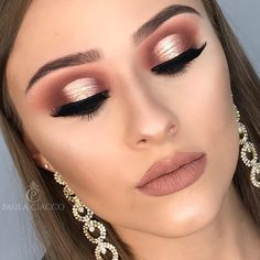 Most Gorgeous Pink Smokey Eyes Makeup Inspiration For Prom and wedding Beautiful Asian bridal makeup ideas. For more incremental Makeup Tutorials and best makeup products for Stylish white, brown, Asian and non Asian Brides Makeup Inspo, Makeup Inspiration, Makeup Tips, Makeup Ideas, Makeup Tutorials, Edgy Makeup, Formal Makeup, Makeup Trends, Pink Smokey Eye