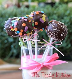 Brownie Pops by The Foodies' Kitchen, via Flickr