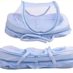 BERÇO PORTATIL MOSQUITEIRO . Características:  Material: algodão + poliéster Cor: Azul ou Rosa O berço tenda fornece uma área segura para o seu bebê dormir.  Mantendo todos os terriveis insetos bem longe de seu bebê.  Ideal para crianças de 0 a 9 meses Medidas: exterior: 86x54cm Interior: 75x40cm Conteúdo do pacote:  1 x berço tenda portatil
