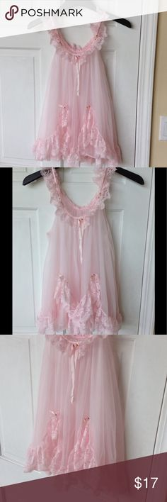 SEXY BABYDOLL NIGHTIE Gorgeous Pretty pink flowy Babydoll. In good condition. It's beautiful and perfect for summertime. Size S Intimates & Sleepwear Chemises & Slips