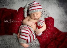 Newborn boy back-lying bowl pose silver gray, red, and white Christmas knit sleep cap and leggings knit snowman snow | Bella Rose Portraits Southern California San Diego County newborn and baby photographer photography posing techniques
