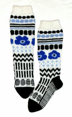 Awesome Socks, Cool Socks, Marimekko, Fashion 2020, Knitting Socks, Cross Stitch, Crafts, Knit Socks, Punto De Cruz