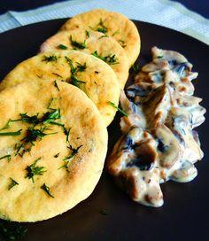babka z rodzynkiem: Kotleciki ziemniaczane z koperkiem i sosem pieczarkowym