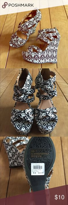 Charlotte Russe wedges Tribal wedges! They have a higher heel on them. Very cute for summer☀️ Charlotte Russe Shoes Wedges
