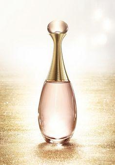 MiCaramel': Новый букет J'adore Dior: нероли, красный апельсин и магнолия