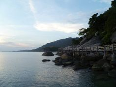 """The spot in Thailand where Hannah Harker seeks solitude before embarking on her Hong Kong terror plot in """"Curing Boredom"""".    www.disturbed-girl.com"""