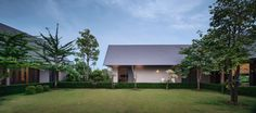 The Triangle House by Phongphat Ueasangkhomset (20)