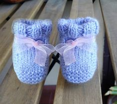 Crochet For Kids, Knit Crochet, Baby Booties, Baby Shoes, Baby Cardigan, New Hobbies, Baby Knitting Patterns, Baby Boy, Slippers