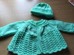 jacket and hat - Knitting creation by Tracey