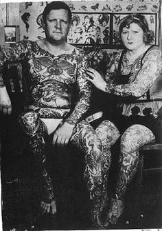 Mildred Hull and the love of her life, Tommy Lee (no relation) Tommy was the Human Bible Historical Tattoos, Old School Ink, Tommy Lee, History Tattoos, Retro, Tatuagem Old School, Female Tattoo Artists, Tattoo People, Tattoo Photography