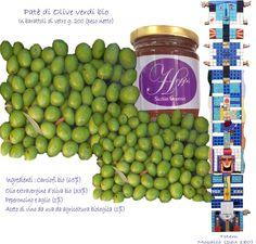 Le nostre olive,  delle varieta' nocellara del belice, giarraffa e oglialora messinese, vengono raccolte nel mese di ottobre. Dopo la fase di deamarizzazione, per togliere il sapore amaro dei frutti, e dopo la conservazione in acqua e sale marino, le olive vengono disossate e lavorate con olio extra vergine d'oliva bio, aglio bio e peperoncino bio, per ottenere il nostro pate'.