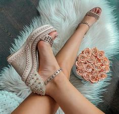 Ideas For Style Women Shoes Pumps Pretty Shoes, Beautiful Shoes, Cute Shoes, Women's Shoes, Me Too Shoes, Shoe Boots, Cute Wedges Shoes, Blush Shoes, Shoes Sneakers