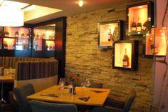 Impressive Interior Stone for Comfort Home : Appealing Interior Stone Veneer With Classic Design Idea