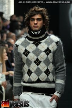 Men's  mohair jerseys on the catwalk