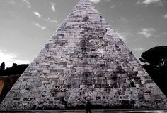 2,000-Year-Old #Pyramid in #Rome Gets a Facelift