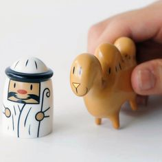 Modern Design: AMIR and CAMELUS Alessi Christmas Figures | alessi amir and camelus - christmas porcelain nativity figurines
