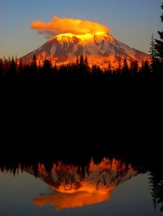 ✯ Mt. Adams at sunset from the shore of Olallie Lake in WA State