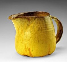 fabionardini:  Creamer from the Yellow Luncheon Service for Six by Beatrice Wood  (via Pin de Anita Clifford)