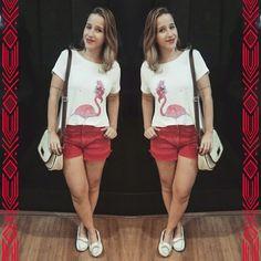 → ⓛⓞⓞⓚ ⓓⓞ ⓓⓘⓐ ←  para um passeio no shopps! Blusa linda de flamingo (AMO) da @papeline ♡