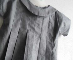 Tunique kimono à plis : Le tutorial, the pattern is there, its in French. Sewing Kids Clothes, Sewing For Kids, Baby Sewing, Diy Clothes, Little Fashion, Girl Fashion, Little Girl Dresses, Girls Dresses, Couture Sewing